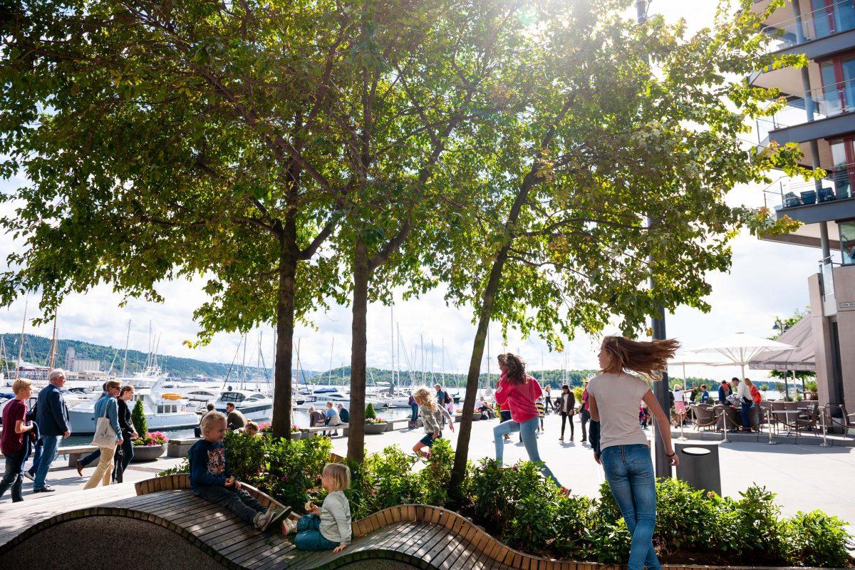 Tjuvholmen Oslo barn som leker byutvikling Aspelin Ramm